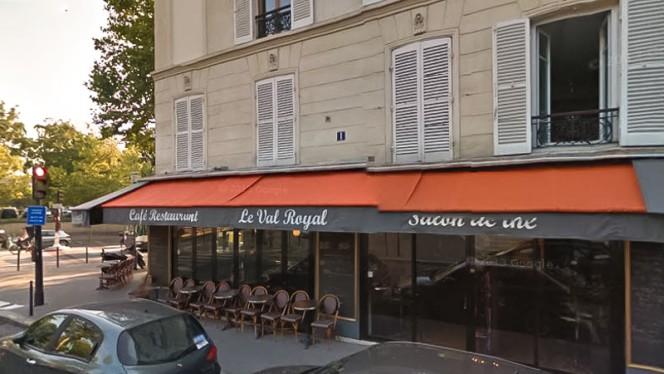 Le Val Royal - Restaurant - Paris