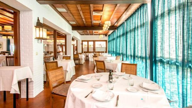 Restaurante Parador de Mazagón Vista del interior