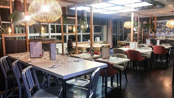 Arômé Restaurant & Bar à Vins Vue de la salle
