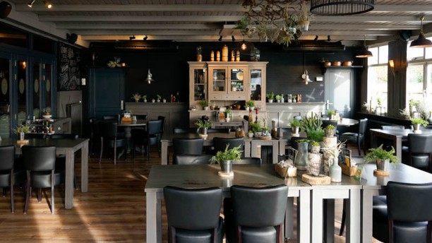 Café – Bistro 't Wapen Het restaurant