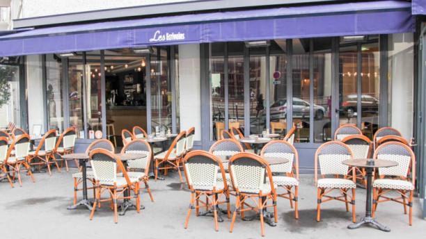 Café Les Écrivains Terrasse