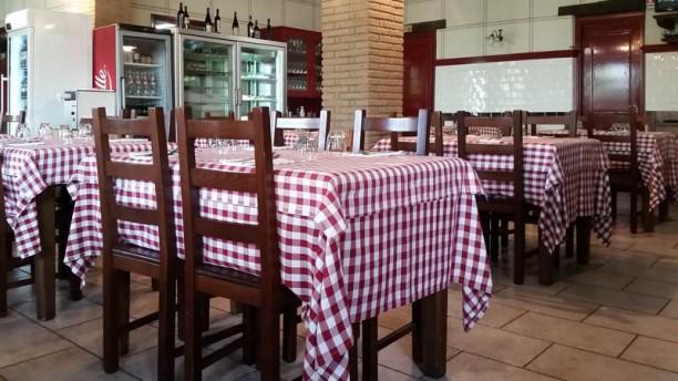 Sabatini Tavoli E Sedie.Sabatino Anguillara In Anguillara Sabazia Restaurant Reviews Menu