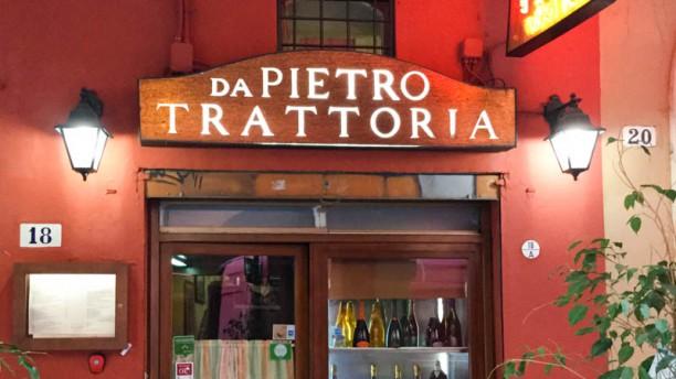 Da Pietro Facciata del ristorante