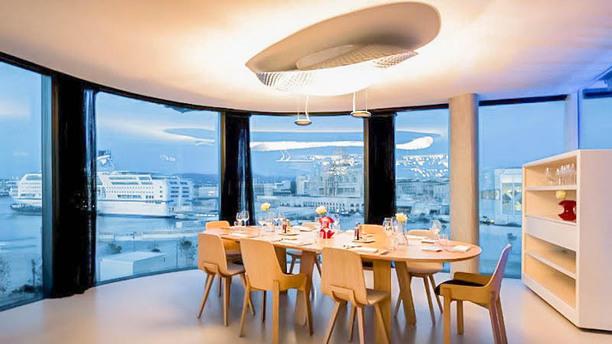 Le m le passedat la table in marseille restaurant - Restaurant la table ronde marseille ...