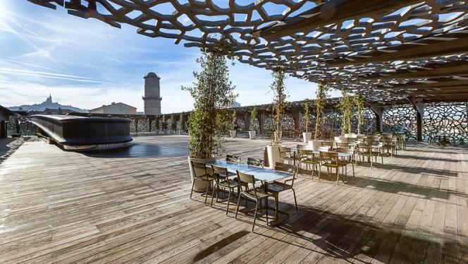 la terrasse - Le Môle Passedat - La Table, Marseille