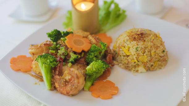 Restaurant la table du vietnam paris 75007 tour for La table du 9