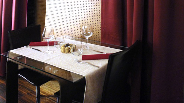 Symposium Osteria Enoteca Particolare tavolo