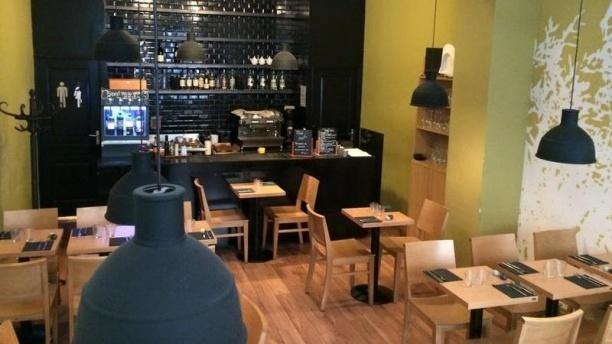 Le Temps des Olivades Nouvel intérieur du restaurant