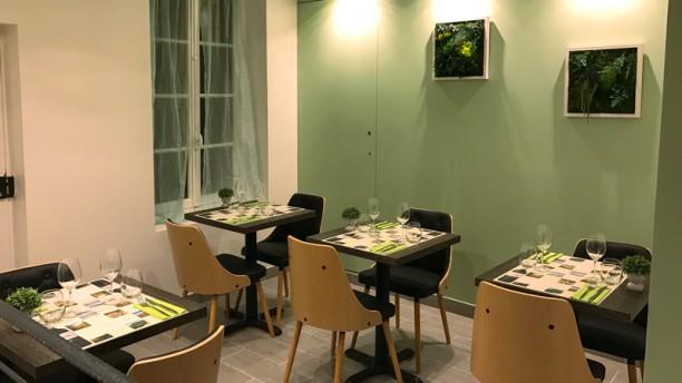 La Maison du Liban Notre Dame (Le fils) Salle Restaurant