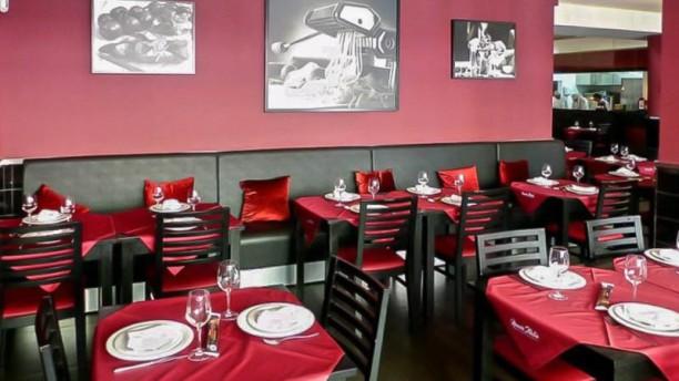 Nuova  Italia Sala do restaurante