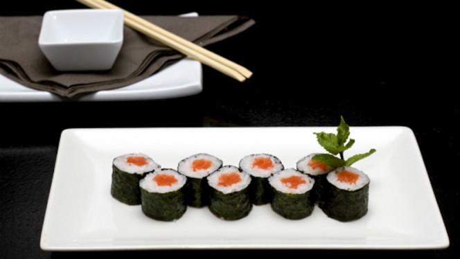 sushi makis - Sushissimo Sushi & Salads, Cascais