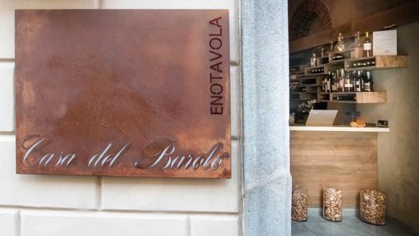 Casa del Barolo Enotavola Entrata