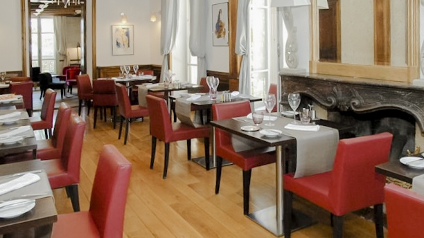 Le jardin des fr nes in montfavet restaurant reviews for Restaurant le jardin cannes menu