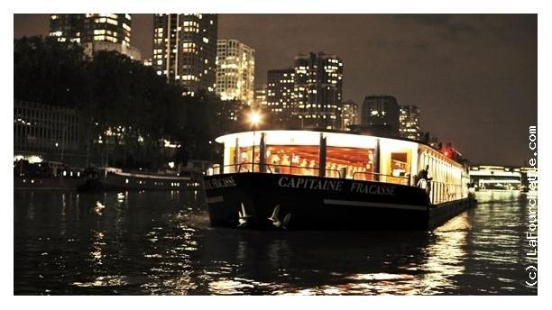Bateau Le Capitaine Fracasse: dîner croisière Le Capitaine Fracasse