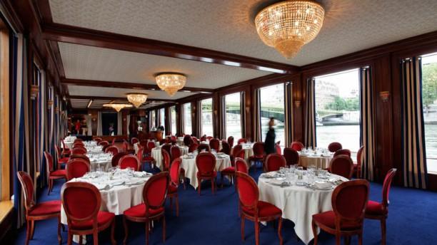 Bateau Le Capitaine Fracasse/ River Palace : dîner et brunch croisière Vue de la salle