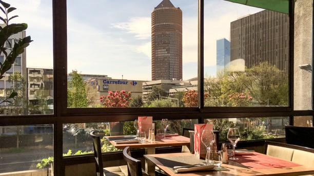 Bar Restaurant Specialites Lyonnaises Proximite Part Dieu