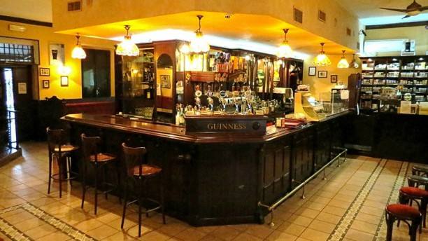 Black Bull Irish Pub Interno