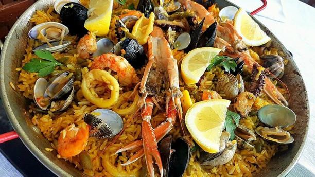 Restaurante sottosale il mare in tavola en la massimina - Il mare in tavola ...