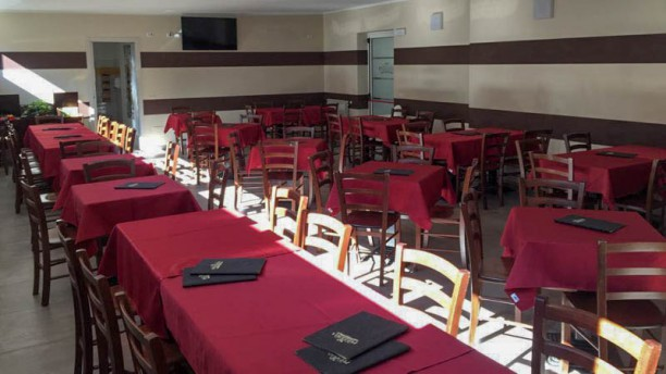Pizzeria Del Corso In Rho Restaurant Reviews Menu And