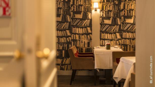 Restaurant petrus paris 75017 ternes porte maillot for Salon porte maillot