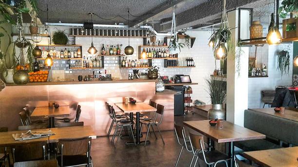 Lounge3 Restaurant