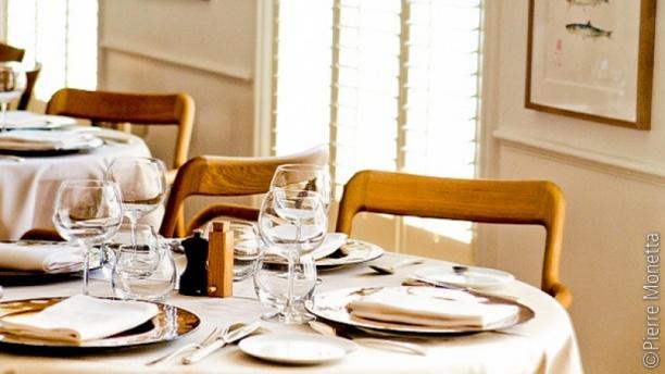 Restaurant rech alain ducasse paris 75017 arc de triomphe ternes porte maillot menu - Restaurant fruit de mer porte maillot ...