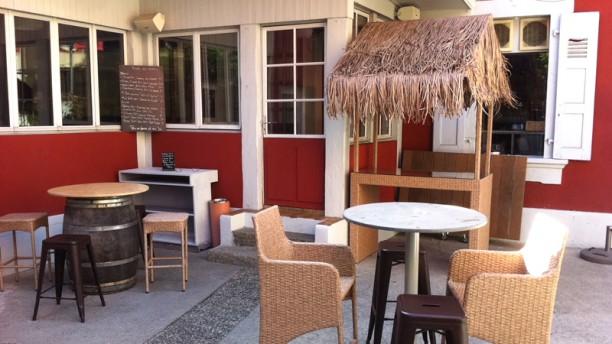 restaurant la maison rouge carouge carouge menu avis prix et r servation. Black Bedroom Furniture Sets. Home Design Ideas