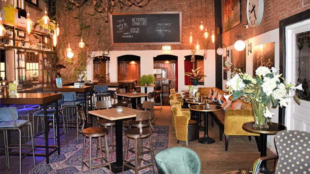 Grand Café Metropole Het restaurant