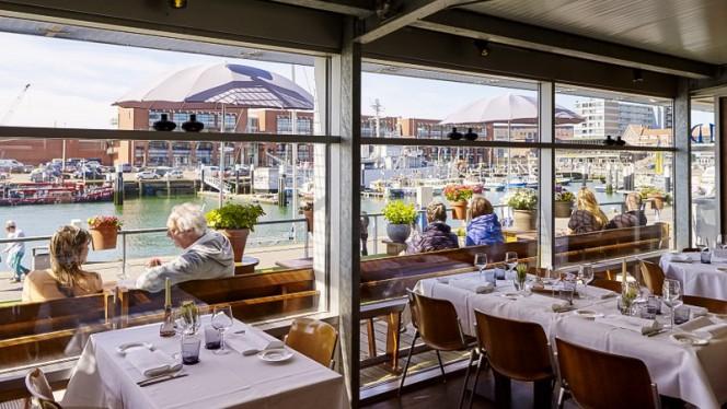 Restaurantzaal - Brasserie Het Gouden Kalf, Den Haag