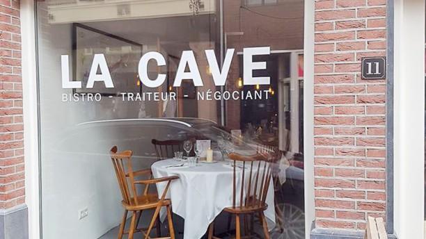 La Cave Ingang