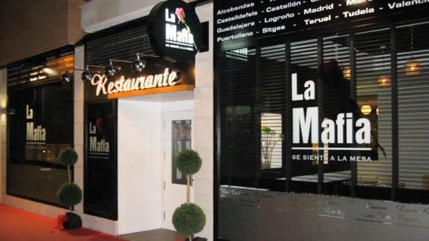 La Mafia se Sienta a la Mesa - Puertollano Fachada