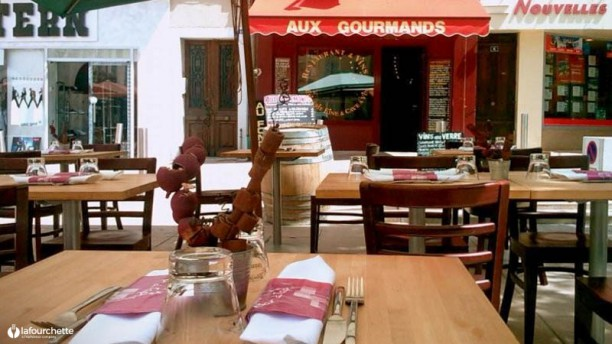 Aux Gourmands Terrasse du restaurant Aux Gourmands