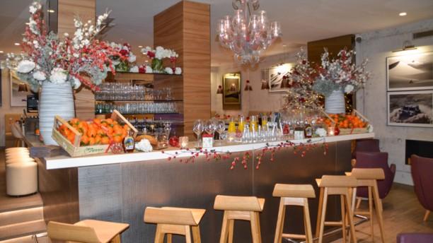Restaurant c t lounge nice 06000 menu avis prix for T s dining and lounge virden menu