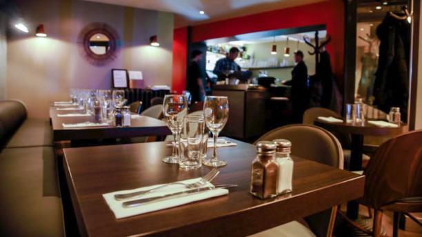 Restaurant l 39 accoudoir suresnes 92150 menu avis for Table 99 restaurant