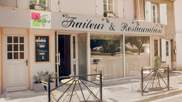 Victor traiteur restauration a cr py en valois menu for Equipement traiteur restauration