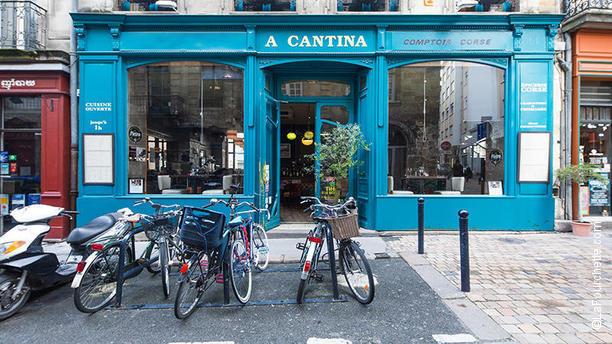A Cantina Comptoir Corse - Quartier Saint Pierre vue extérieure
