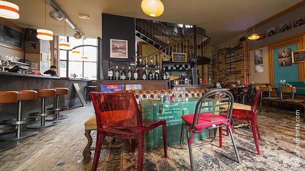 a cantina comptoir corse quartier saint pierre restaurant 14 rue des bahutiers 33000. Black Bedroom Furniture Sets. Home Design Ideas