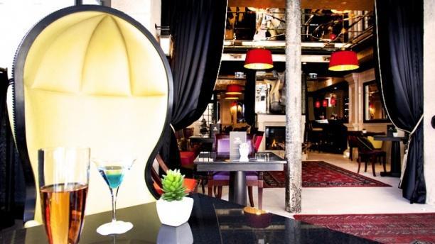 Restaurant Portuguais Hotel De Ville Paris