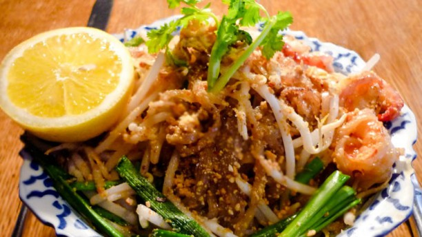 Tong-Ming Pad thai