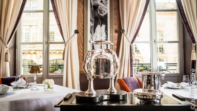 Aperçu de l'intérieur - Le Pressoir d'Argent - Le Grand Hotel - Gordon Ramsay, Bordeaux