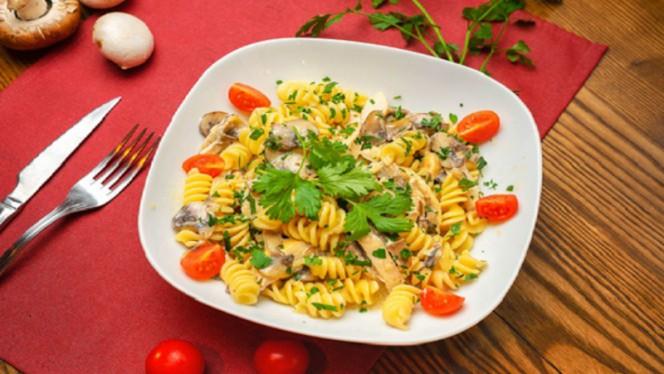 Massa frango e cogumelos - MD4 – Mãe dos Quatro Restaurante, Matosinhos