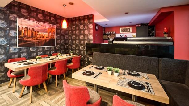 Eagle Chinese & Sushi TheDining room