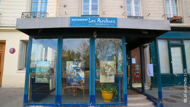 Les ronchons in paris restaurant reviews menu and for Restaurant miroir paris 18