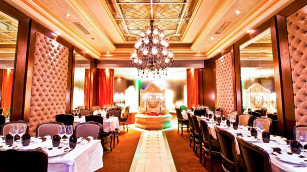 Le grand bistro maillot saint ferdinand in paris - Restaurant le congres paris porte maillot ...