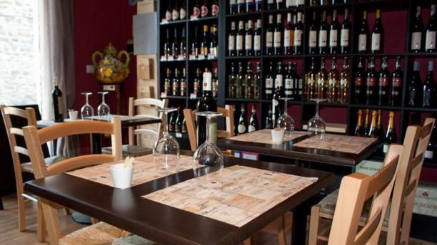 WonderUmbria Enoteca Wine Bar La sala interna