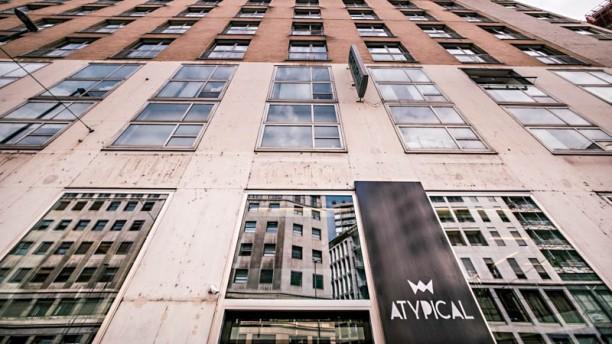 Atypical Milano l edificio