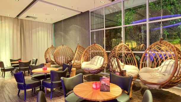 Lobby Bar e Restaurante rw