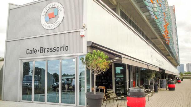 restaurant la passerelle de marcel nantes 44000 avis menu et prix. Black Bedroom Furniture Sets. Home Design Ideas