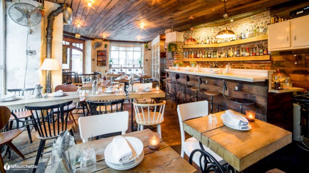 restaurant uptown paris 75018 montmartre menu avis prix et r servation. Black Bedroom Furniture Sets. Home Design Ideas