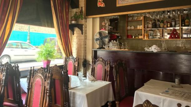 Pooja Salle du restaurant